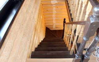 Проем под лестницу на второй этаж