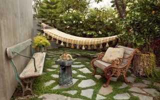 Интерьер сада и двора